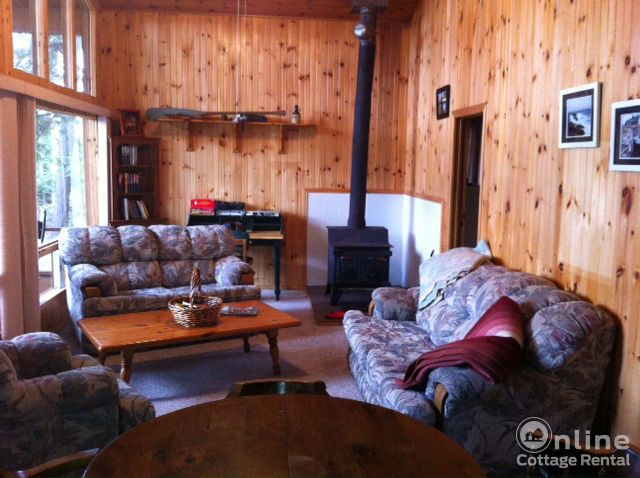 b9fe6e3bd2907d0-cottage-rentals-mckellar-Original