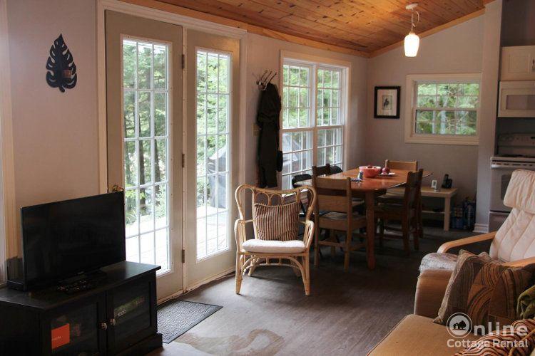 70fef96d99d9a4d-cottages-ontario-Original