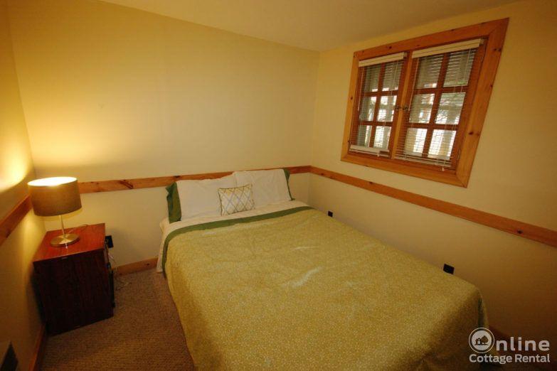 179e5d041cb79f7-cottage-rentals-apsley-Original