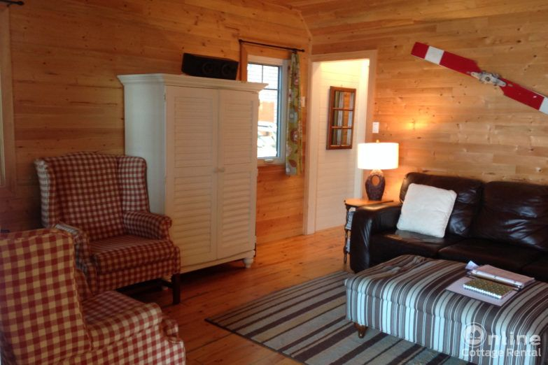 af733987b89c385-lindsay-cottage-rentals-Original