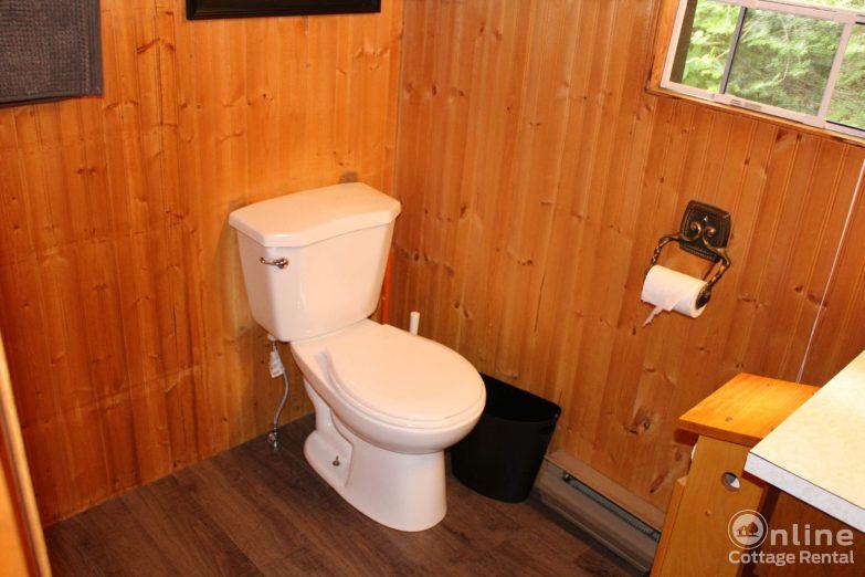 cfc22f00e6af5ec-ontario-cottage-rentals-Original